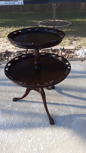 Antique furniture/ Two shelves on a beautiful round table top for Sale in Brandon, FL