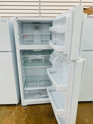 Refrigerator kissimme 39$down ask for veronica for Sale in Orlando, FL