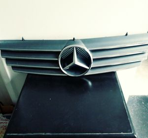 Mercedes-benz amg grill 00-06 cl500 cl600 cl55 for Sale in Modesto, CA