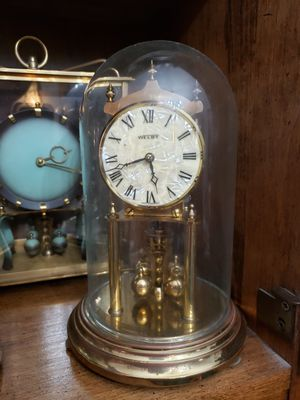 Antique ANNIVERSARY clock for Sale in Raytown, MO