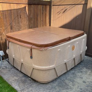 Hot Tub Plug And Play for Sale in Ladera Ranch, CA