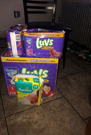 Newborn/Size1 Diapers Luvs&Pampers for Sale in Philadelphia, PA
