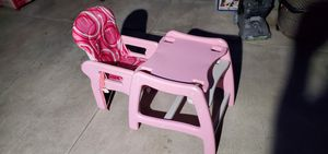 Toddler desk/high chair/eating table for Sale in Baldwin Park, CA
