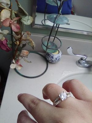 Ring size 9 for Sale in Moline, IL