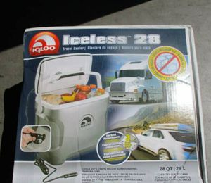 IGLOO ICELESS 28 QUART COOLER! NEW IN BOX! 12 VOLT for Sale in Atwater, CA