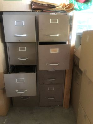 2 file cabinets FREE for Sale in Irvine, CA