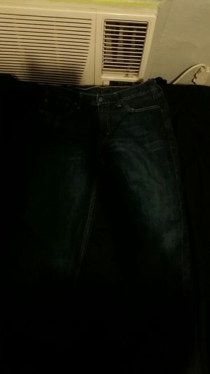 Men's levi jeans size: 33 32 for Sale in Bronx, NY