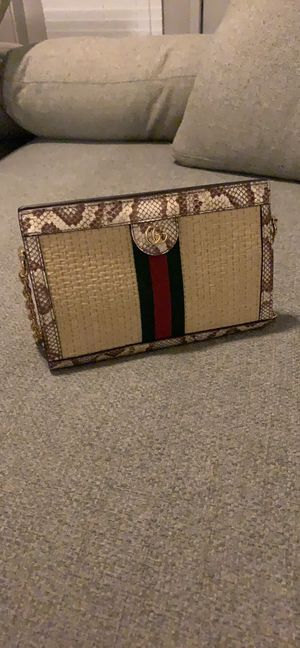 Gucci shoulder shoulder bag for Sale in Austin, TX