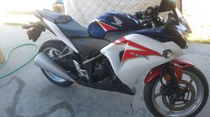 Motorcycle 2012 Honda CBR 250R low miles for Sale in West Covina, CA