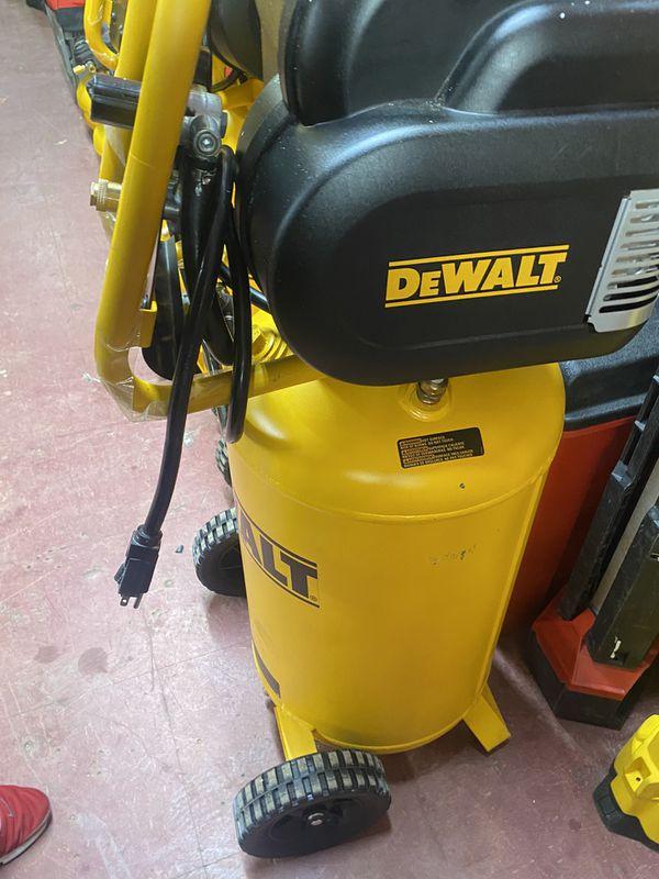 Dewalt 15 Gallons Compressor