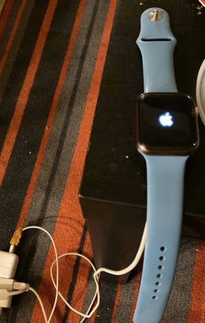 Apple Watch Series 4 for Sale in Chicago, IL