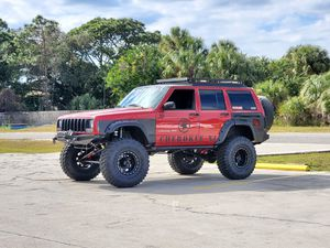 Jeep Cherokee XJ 2000 for Sale in North Port, FL