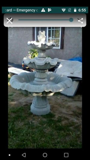 5 ft. Water fountain for Sale in Dinuba, CA