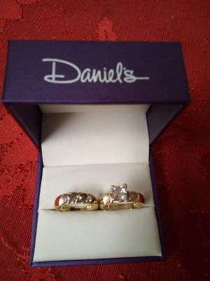 WEDDING AND ENGAGEMENT RINGS SIZE 7 14K $300 for Sale in Los Angeles, CA