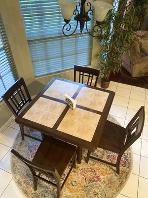 Kitchen Nook Table for Sale in FL, US