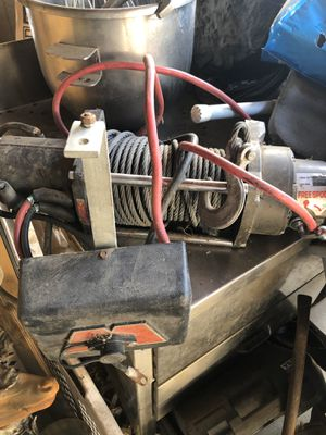 Warm winch 8000 for Sale in Sylmar, CA