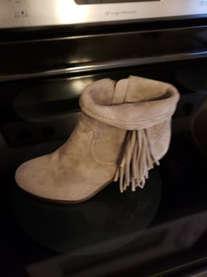 SUEDE FRINGE 6M BOOTS by Sam Edelman for Sale in St. Louis, MO