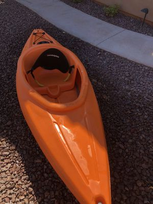 Kayak Sundolphin 8' with paddle and vest! for Sale in Glendale, AZ