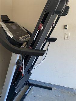 Preform Proshox 3 Treadmill for Sale in Fairburn,  GA