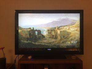 """43"""" Vizio HD TV 1080p for Sale in Gaithersburg, MD"""
