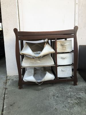 Free wood changing table for Sale in Escondido, CA