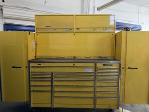 Snap-On tool box for Sale in Belleair, FL