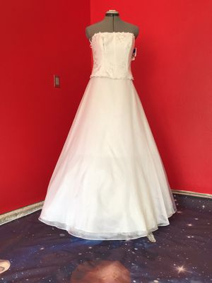 Beautiful wedding dress/ New! for Sale in Tacoma, WA