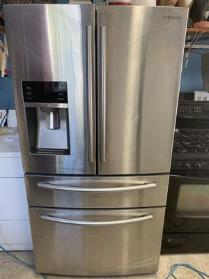Samsung four door stainless steel refrigerator for Sale in Monroe Township, NJ