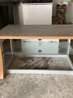 Small Entertainment Stand for Sale in Roseville,  MI