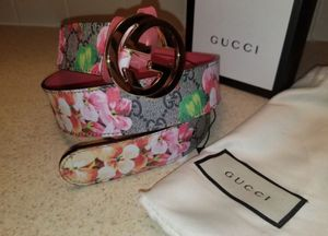 Gucci Floral Bloom Beige/ Pink Leather Belt Authentic for Sale in Queens, NY