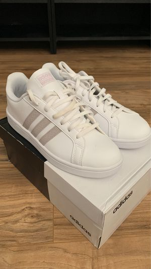 Woman's White Adidas Shoe Beige Stripes Sz 10 Brand New NWT for Sale in Henderson, NV