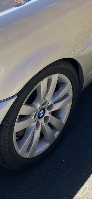 Bmw rims 17 I have a whole set one tire blew out for Sale in Alameda, CA