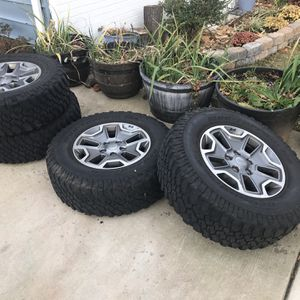 Jeep Wheels for Sale in Riverdale Park, MD
