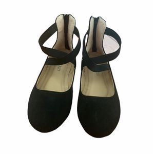 Girl Black Dress Shoes Size 13 for Sale in Hollister, CA