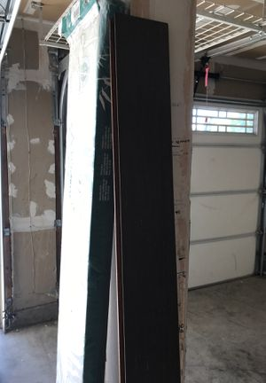 Free laminate flooring and closet organizers. Some are broken but a lot still in decent shape. for Sale in Elk Grove, CA