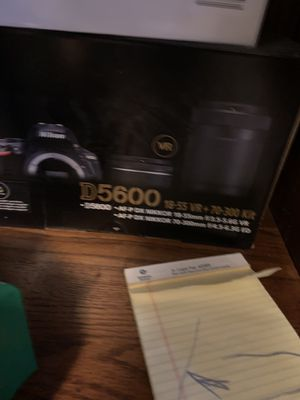 Nikon d5600 for Sale in Minneapolis, MN
