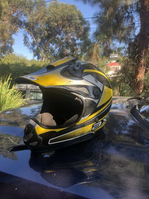 Axo dirt bike helmet for Sale in Los Angeles, CA