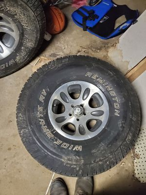 35' tires on American racing rims for Sale in Bourbon, IN