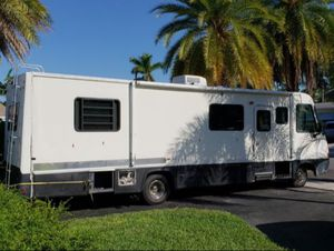 1997 Georgie Boy Motor Home RV - NEWLY RENOVATED - Brand NEW Interior Makeover for Sale in Miami, FL