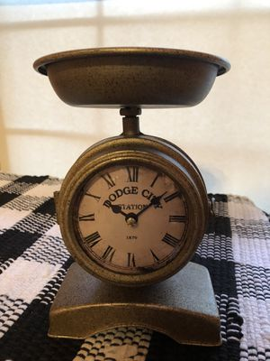 Vintage Style Farmhouse Clock Kitchen Scale for Sale in MENTOR ON THE, OH