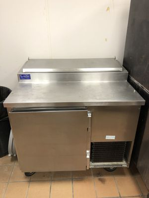 Refrigerated Prep Table for Sale in MERRIONETT PK, IL