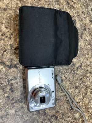 Sony cyber shot digital camera for Sale in Strongsville, OH