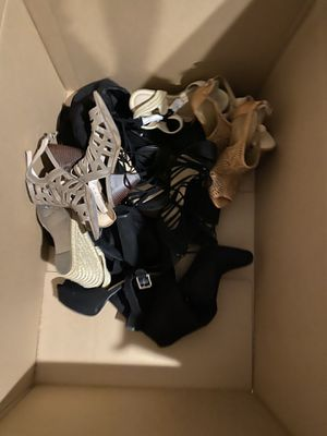 Box of 7.5 women's shoes for Sale in Beaumont, CA