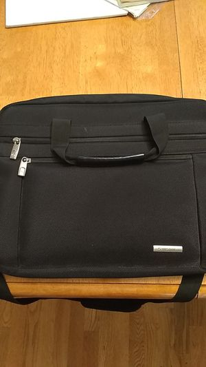 Samsonite Laptop Carrying Case with Strap (Black) for Sale in Snohomish, WA