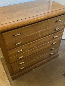 Solid oak Dresser for Sale in Edmonds,  WA