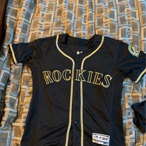Nolan Arenado Adult Small Jersey for Sale in Hodgkins, IL