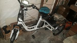 Linert-E electric trike / bicycle for Sale in Houston, TX