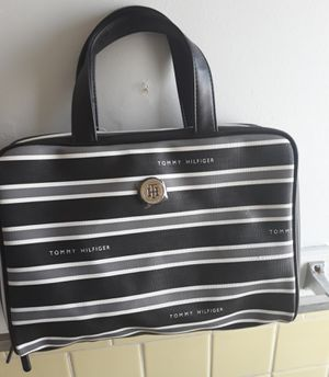 Tommy Hilfiger Travel Bag for Sale in Towson, MD