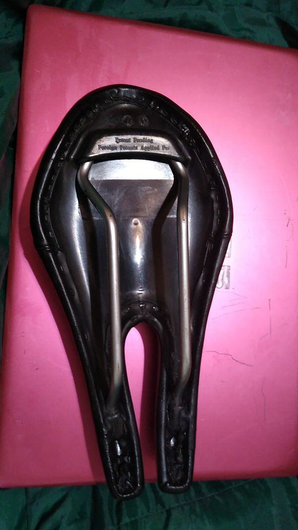 ism ADAMO Prologue saddle