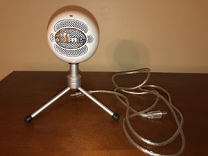 Blue Microphones Snowball Ice Condenser USB Microphone - White for Sale in Dublin, GA